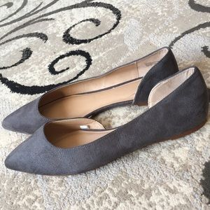 NWOT Mossimo Gray Suede Flats